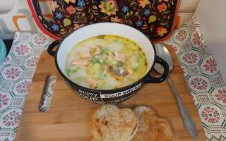 Суп из красной рыбы с сыром